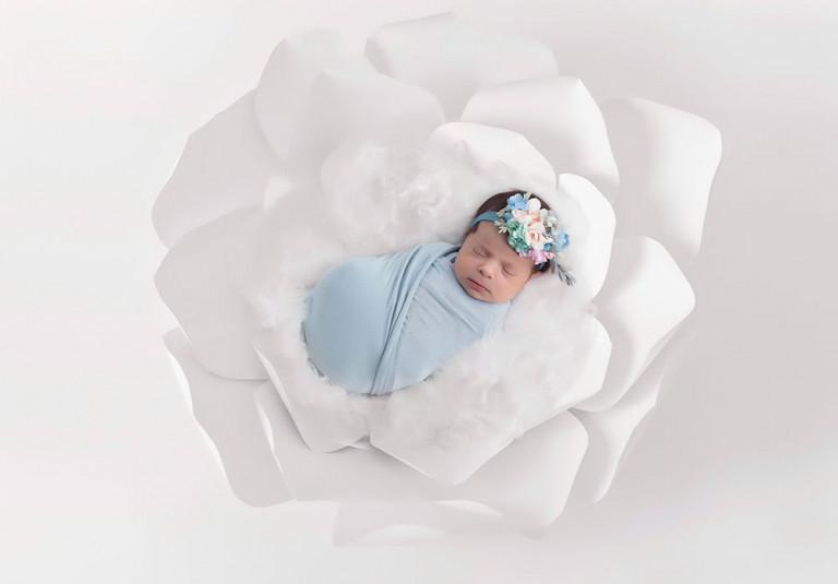 White-Paper-Flower